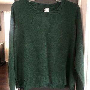 ♥️🆕 H&M Green Sweater. Sz L